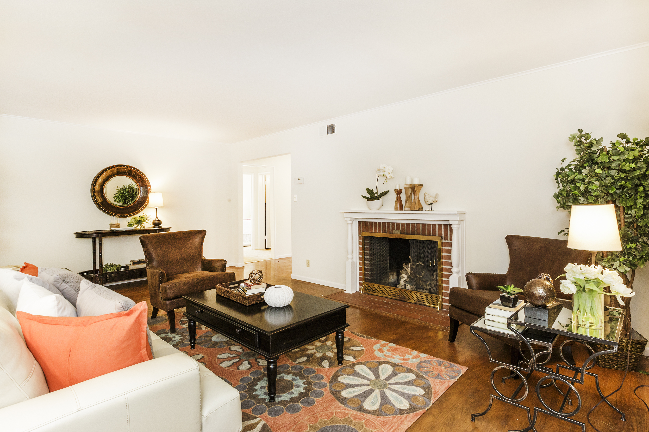 05-3115AlamedaDeLasPulgas-living-high-res
