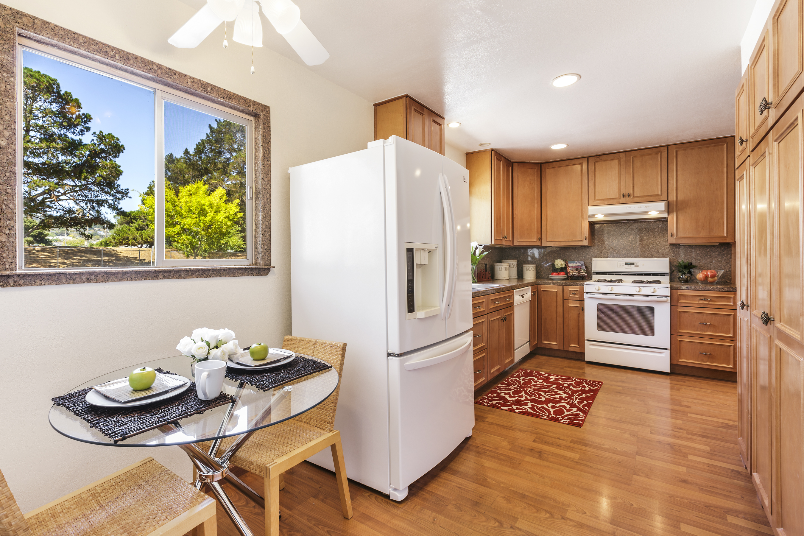 13-3115AlamedaDeLasPulgas-kitchen-high-res