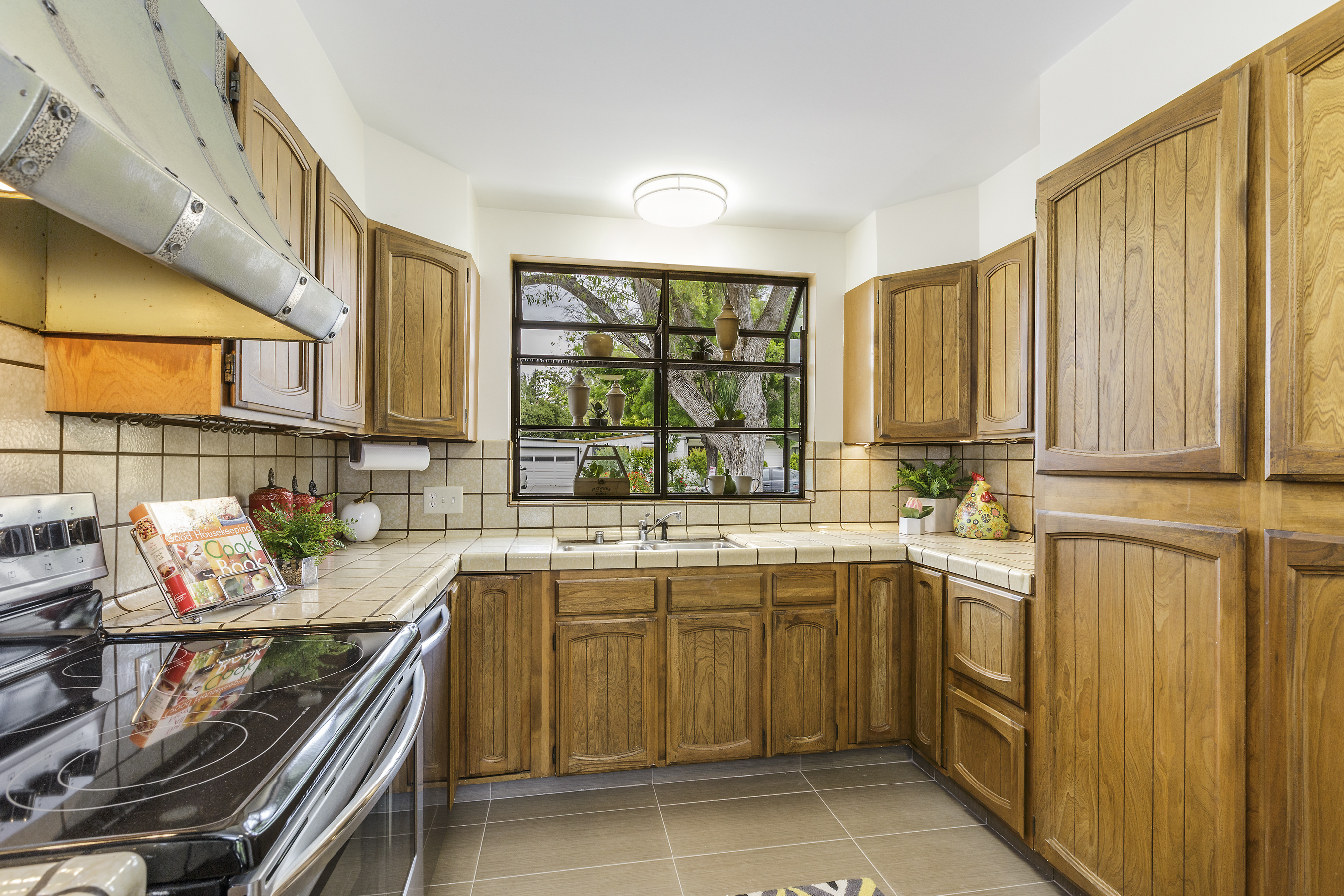 10-172-Atherwood-kitchen-high-res