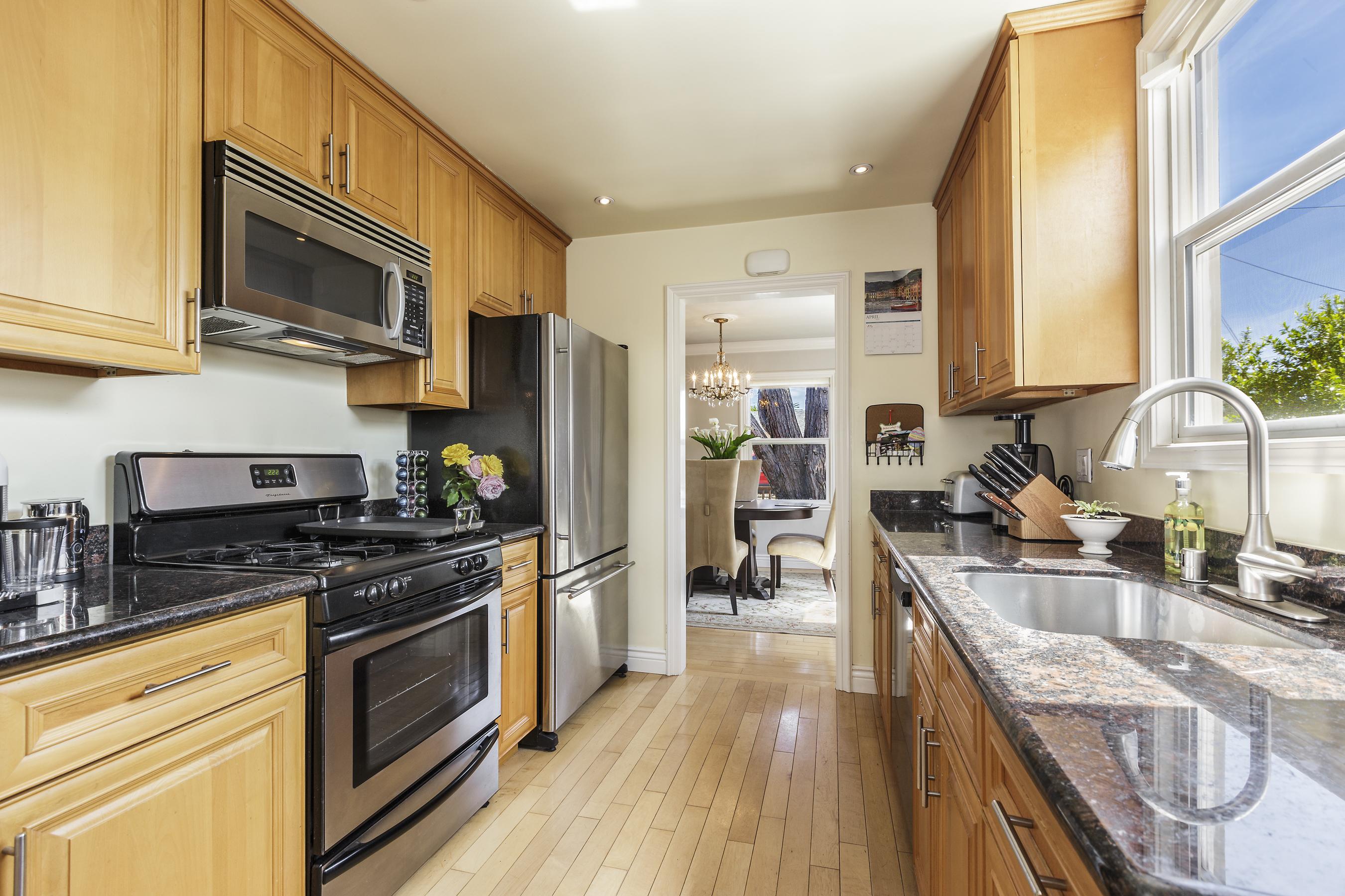 09-123-B-st-kitchen-high-res