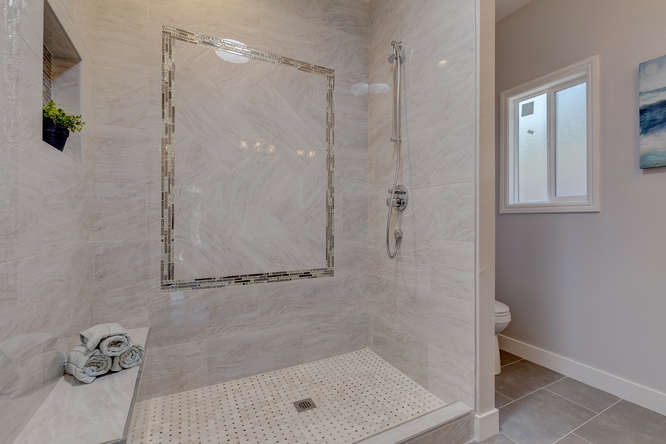 315 E St Redwood City CA 94063-small-019-18-MasterBathroom2-666x444-72dpi