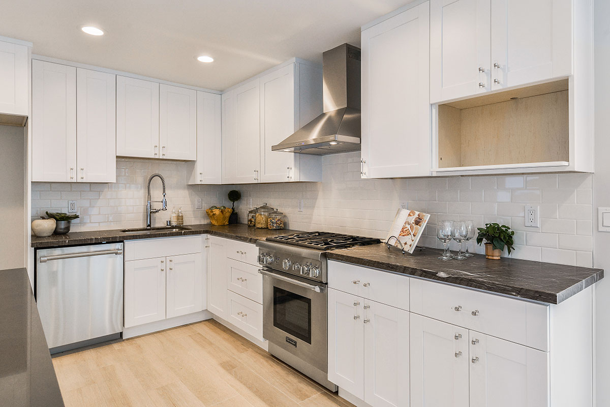 Contemporary Kitchen Recessed Lighting