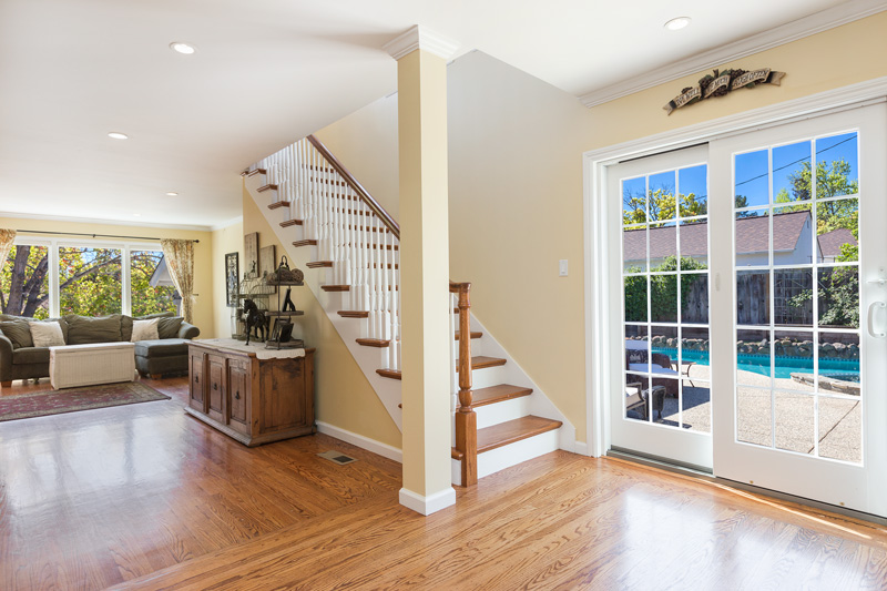 17-2704Roosevelt-stairs-low-res