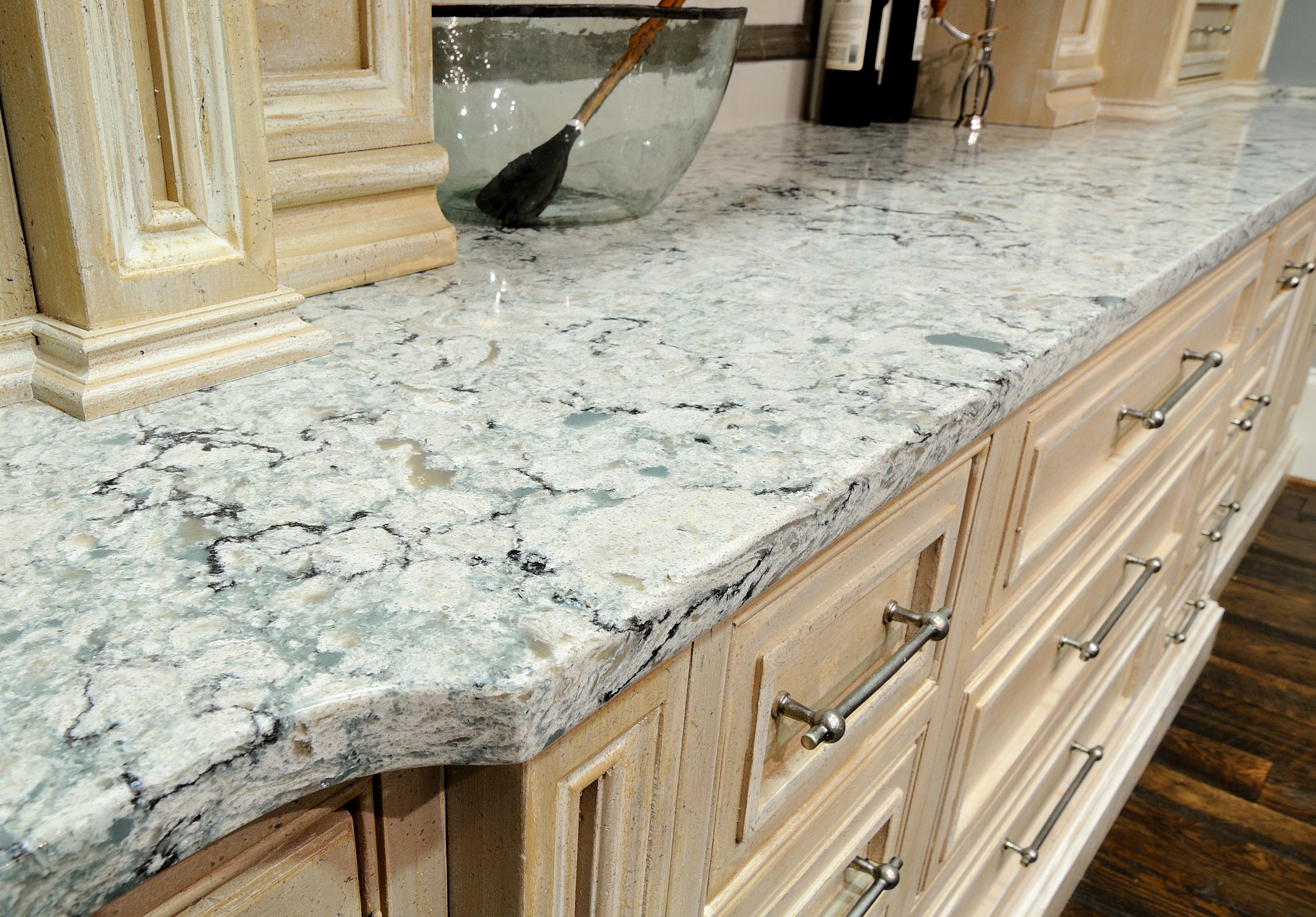 6 kitchen countertop options that aren t granite for Who makes quartz countertops